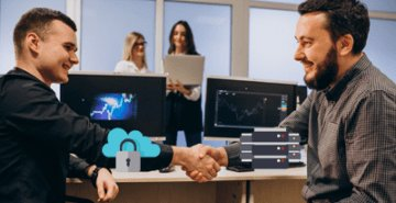 Cloud vs. On-premise digital workplace library